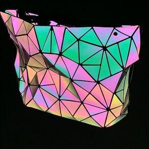 Trippy Holographic Handbag.
